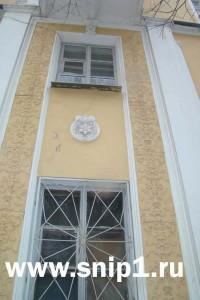 Лепные детали на фасаде