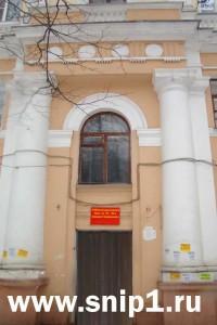Колонны в фасаде