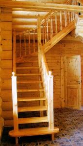 в деревянном доме