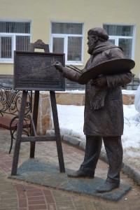 Фигура художника на улице Рождественская