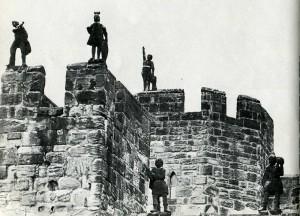 Зубчатая стена замка Анник