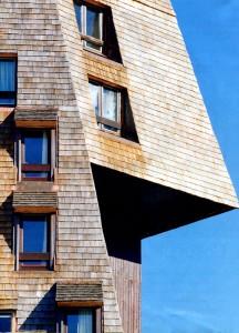 Крыша с острыми углаами