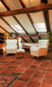 Для интерьера деревянного дома