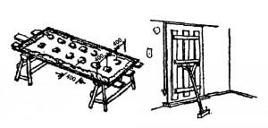 Сухая штукатурка: слева - намазка листа мастикой для приклеивания; справа - прижим листа на время схватывания мастики