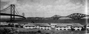 Мост через залив Ферт-оф-Форт (справа) и новый автотранспортный мост, Эдинбург