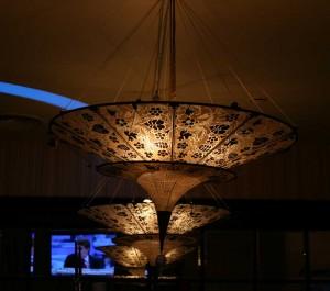 Две конусовидные лампы в китайском стиле