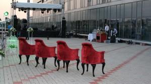 кресла из бархата