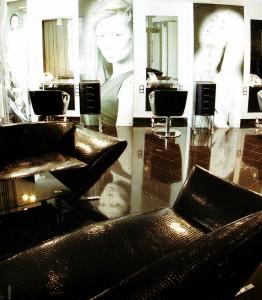 Специальная мебель для салона красоты