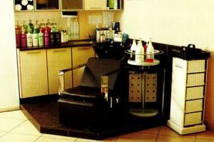 Специальная мебель для парикмахерской