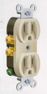Three-pin socket