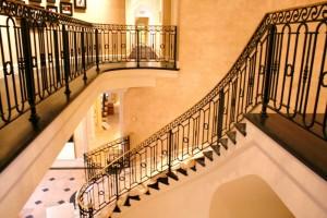 Как выбрать ограждения для лестниц?