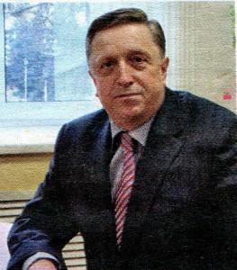 глава администрации Автозаводского района Владимир Солдатенков