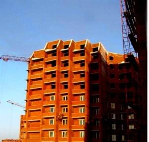 Продавать жилье в России