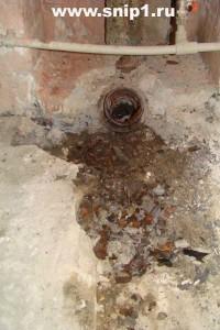отверстие в канализации хрущёвке