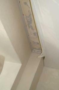 растяжка натяжного потолка