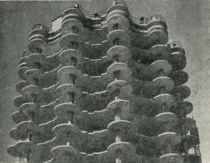 Сооружения жилого дома методом подъёма этажей. 1973г. Киев.