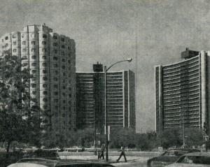 Жилой комплекс ствольно-панельной системы в Чикаго, 1961—1966 гг. Архитектор. Б. Голдберг