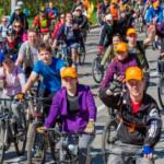 Участники московского велопорада 2016