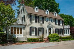 Дом в Амитивилле - продаётся 850 тысяч долларов