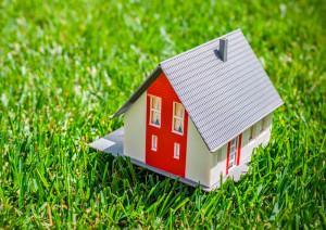 Самарцы не могут бесплатно приватизировать землю под домами