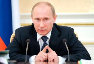 Путин поручил проработать вопрос о выплатах дольщикам