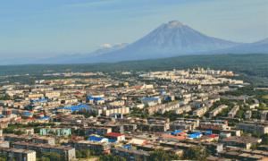 Жители Камчатского края задолжали