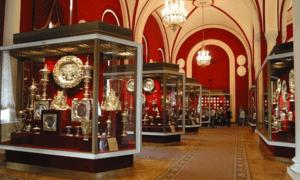 Посетить музеи Кремля бесплатно