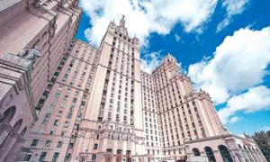 В чём особенности строительства сталинских высоток и сколько