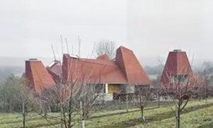 """Семейный особняк Caring Wood стал победителем конкурса """"Дом года"""""""