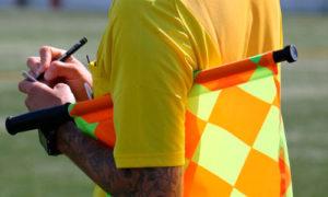 Судьи получат право останавливать матчи чемпионата мира по футболу в России