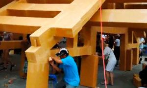В Таиланде за один день построили храм