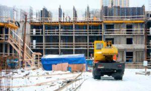 На строительной площадке ЖК «Полис на Комендантском» растут этажи