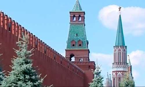 на башнях московского Кремля