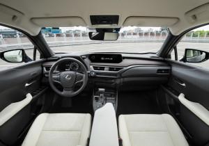 Lexus UX 250h.