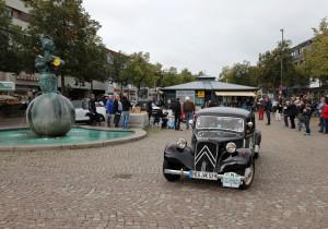 Hamburg-Berlin-Klassik 2018: Citroën 11 B Koffermodell (1952).