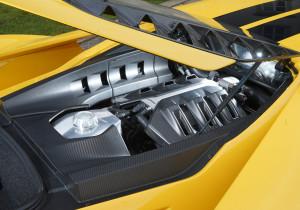 mid Fürstenfeldbruck - Unter der Haube treibt ein 3,5-Liter-V6-Benziner im besten Sinne sein Unwesen und verwöhnt mit Leistung, Kraft und impulsivem Punch.