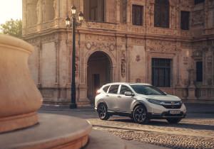 mid Sevilla - Nach dem neuen C-RV ist der C-RV Hybrid der neueste Wurf - und der ist optisch und technisch gelungen.