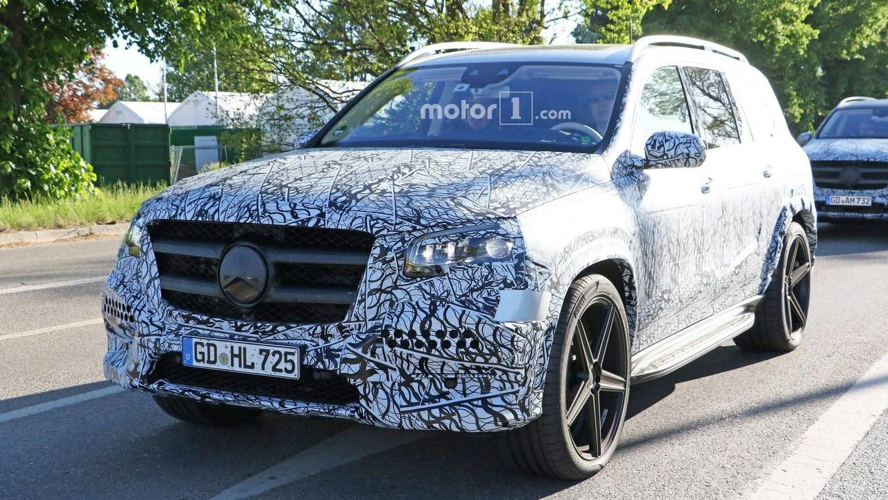 2020 Mercedes GLS spy photo