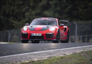 Porsche 911 GT2 RS MR bei der Rekordrunde über die Nürburgring-Nordschleife.