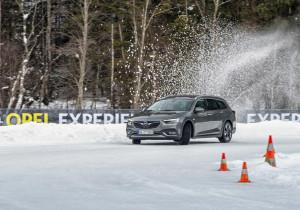 Opel-Fahrtraining im Winter-Testcenter in Thomatal.