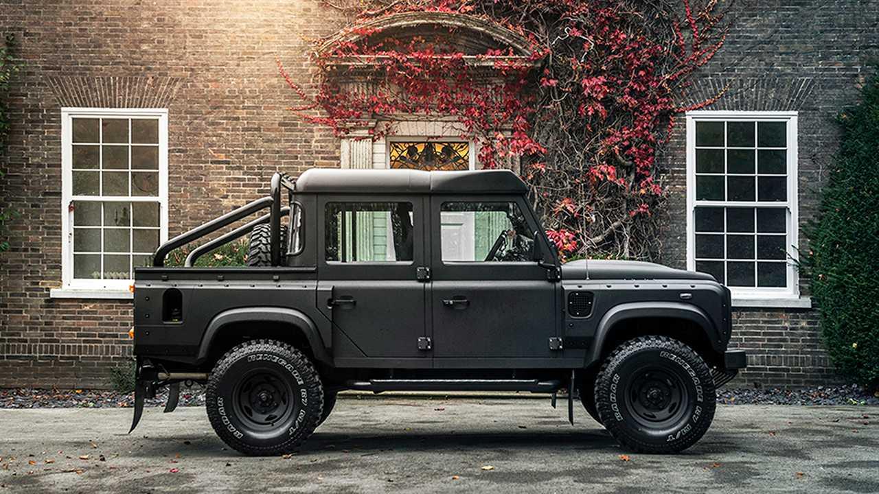 Kahn Land Rover Defender Chelsea Wide Track