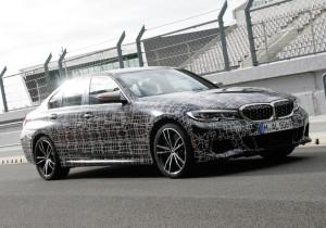 Noch leicht getarnter BMW M 340 i x-Drive.