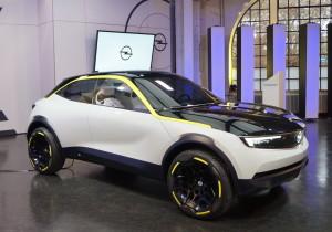 mid Mainz - Der Opel GT X Experimental ist ein 4,06 Meter kurzer Crossover, der neue und bekannte Designelemente kombiniert.