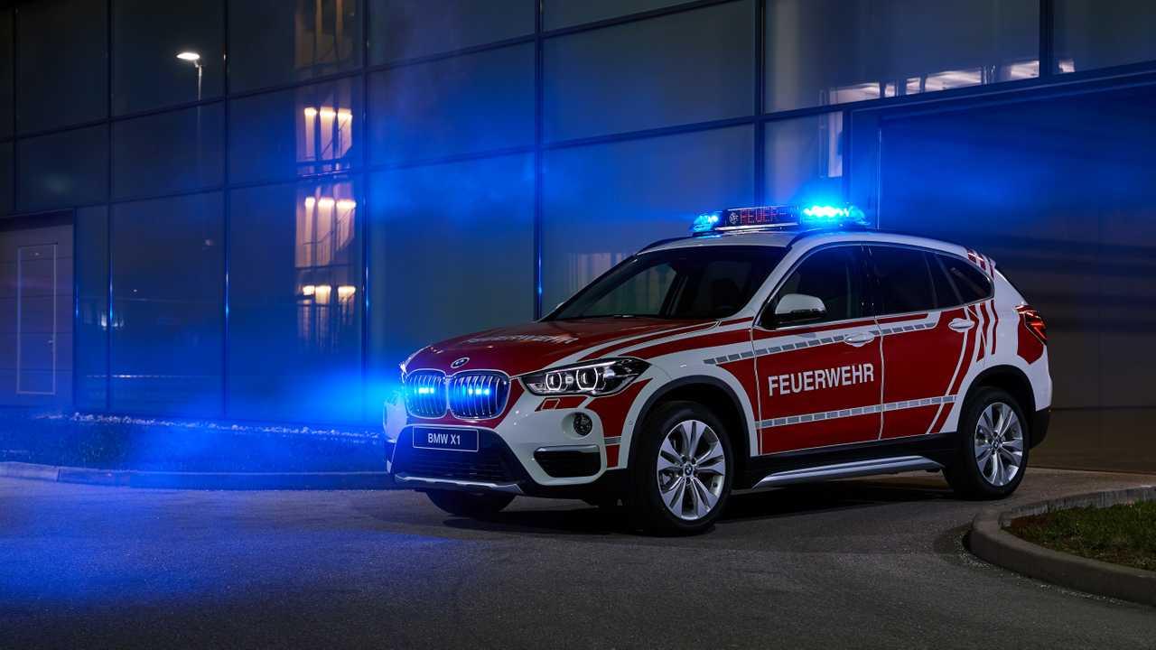 BMW X1 xDrive18d für die Feuerwehr-Einsatzleitung