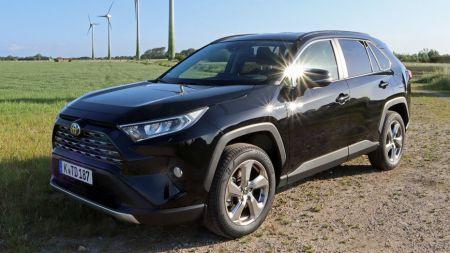 Тест: Toyota RAV4 Hybrid