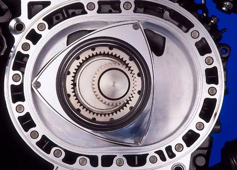 Принцип и стадии работы роторного мотора