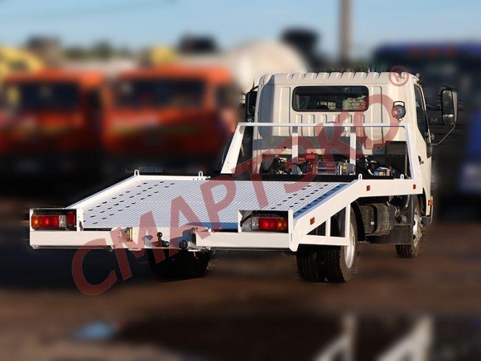 Эвакуатор с ломаной платформой HINO 300