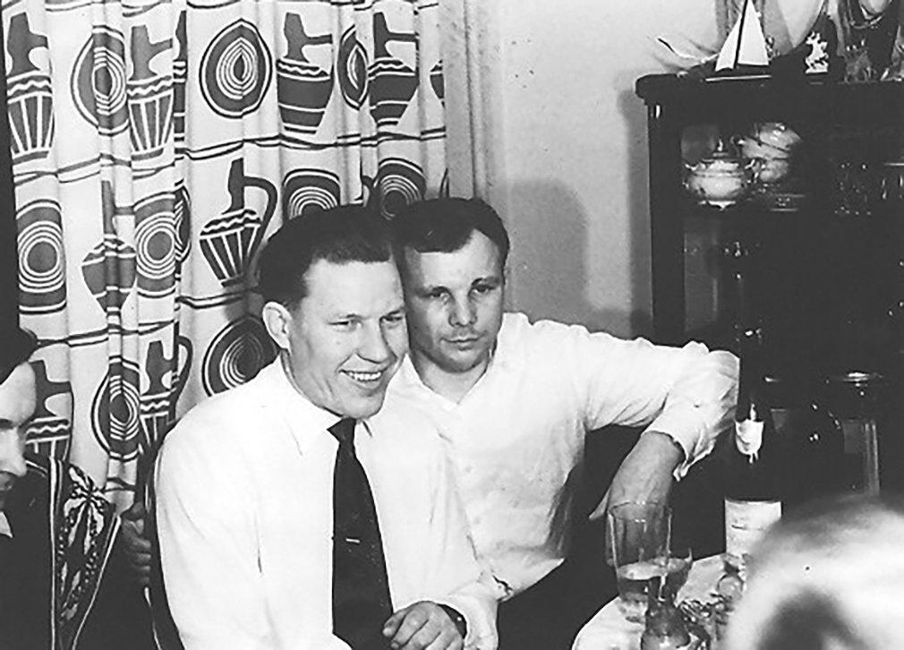 Марс Рафиков и Юрий Гагарин. Фото: Музей космонавтики