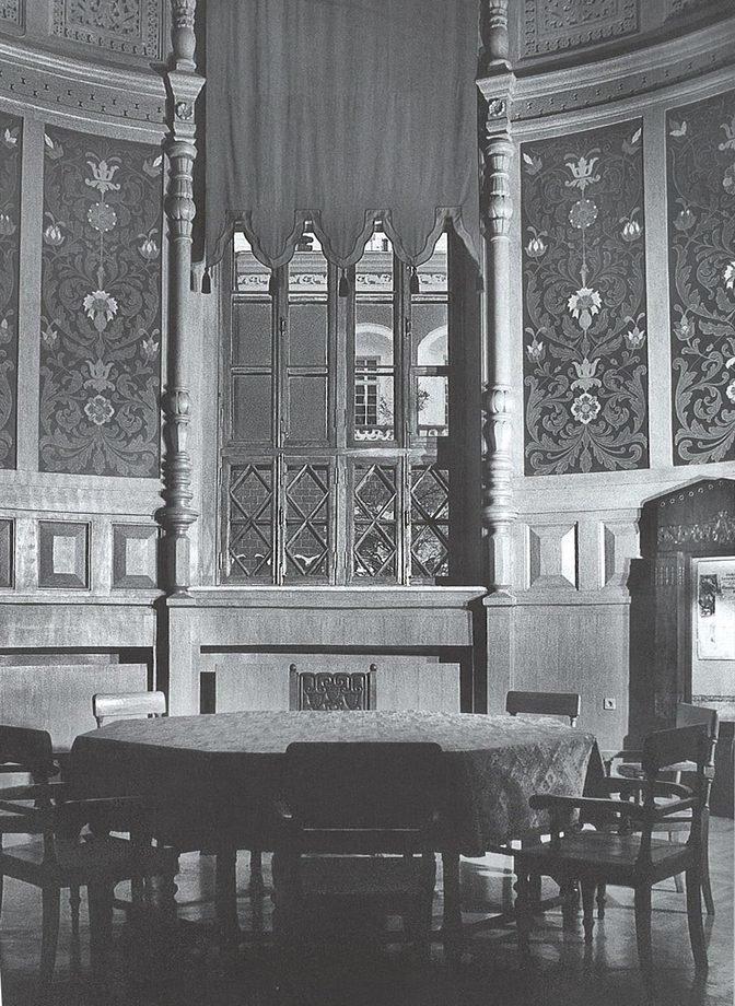 Читальный зал библиотеки в здании Исторического музея