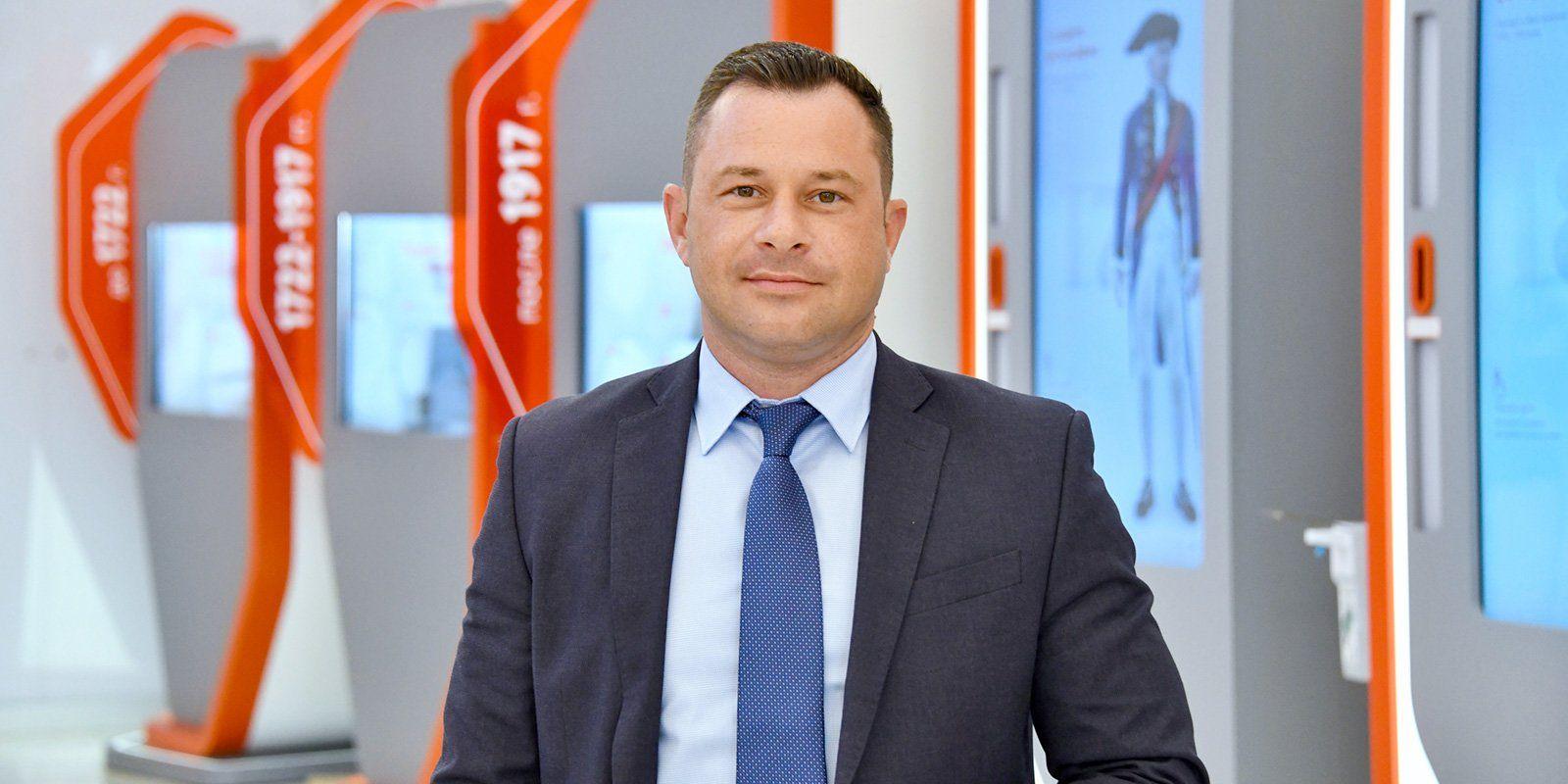 Роман Лазарев, заместитель директора центров «Мои Документы»